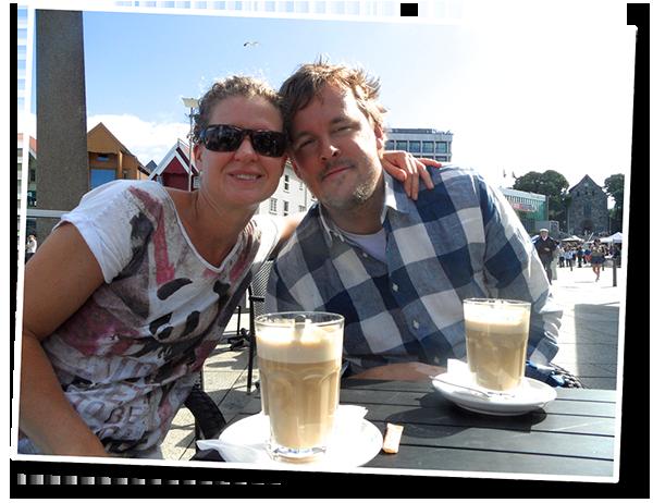 Barry en Pike, de eigenaren van Café De Pompier